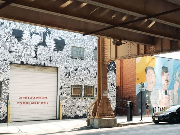 West Loop Neighborhood | FLATS Apartments | Things to Do and Street Art