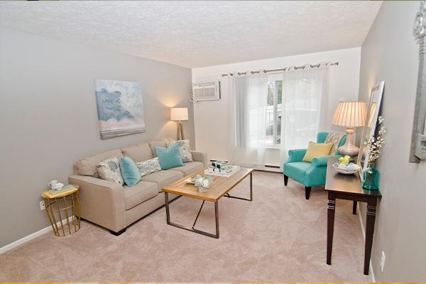 Summerhill Estates Apartments in Lansing, Michigan