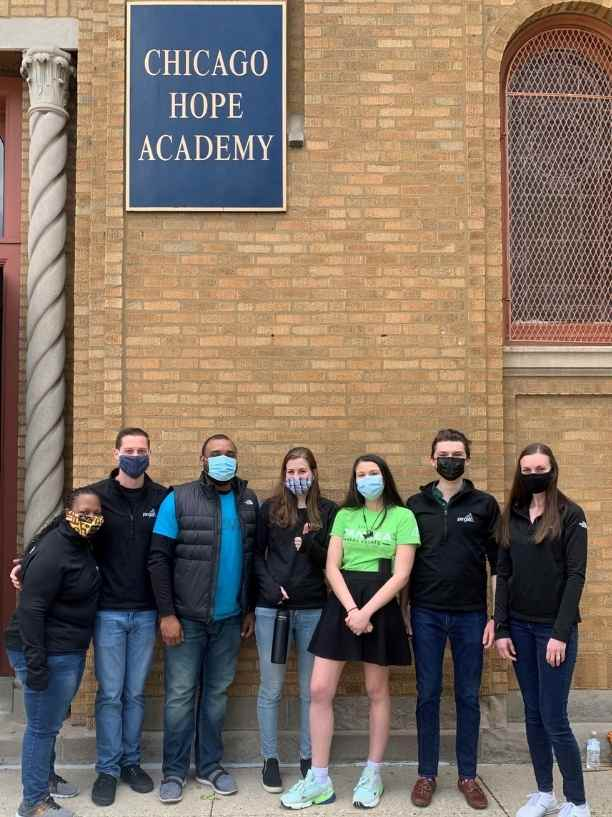 Pangea Cares volunteer at Chicago Hope Academy