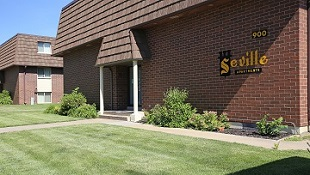 Seville Apartments - Rental Complex in Iowa City, Iowa - Exterior of Buildings