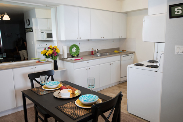 East Knolls Apartments in East Lansing, Michigan