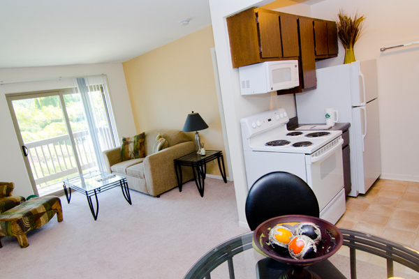 Woodside North Apartments | East Lansing Apartments Near Michigan State University