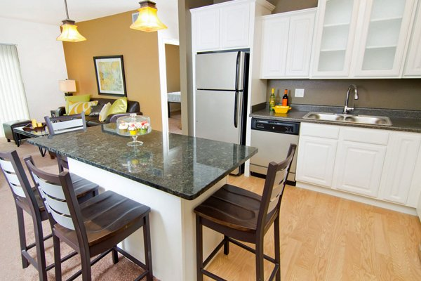 Waterbury Place Apartments | East Lansing Apartments Near Michigan State University