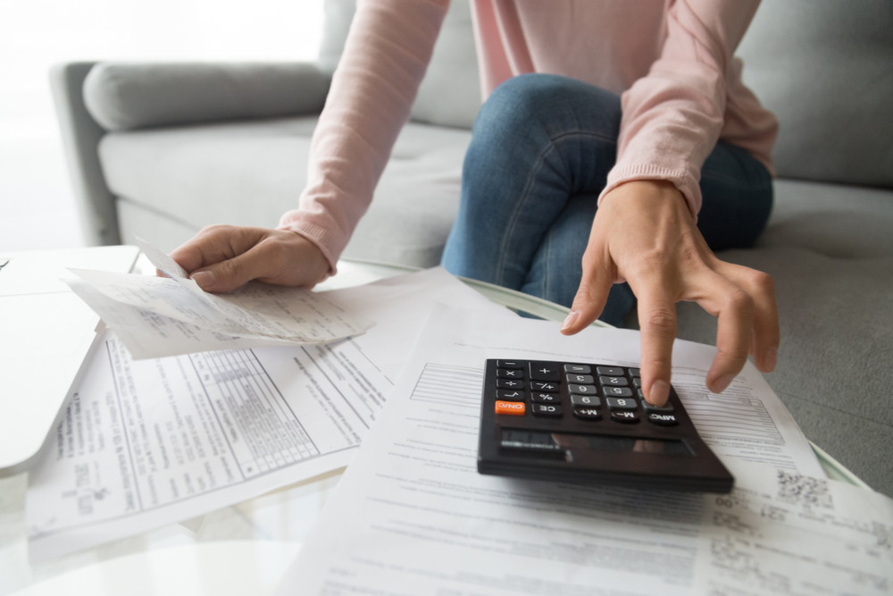 You can use an online rent calculator to determine how much can spend on rent each month  on your beautiful Weidner Apartment Home.