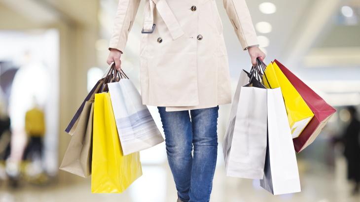 shopping near Overland Park Luxury Apartments
