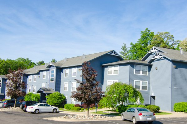 Park Place Apartments | East Lansing Apartments Near Michigan State University