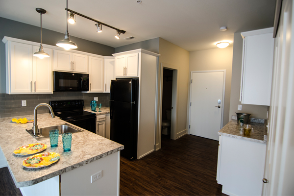 Beech Townhomes | East Lansing Apartments Near Michigan State University
