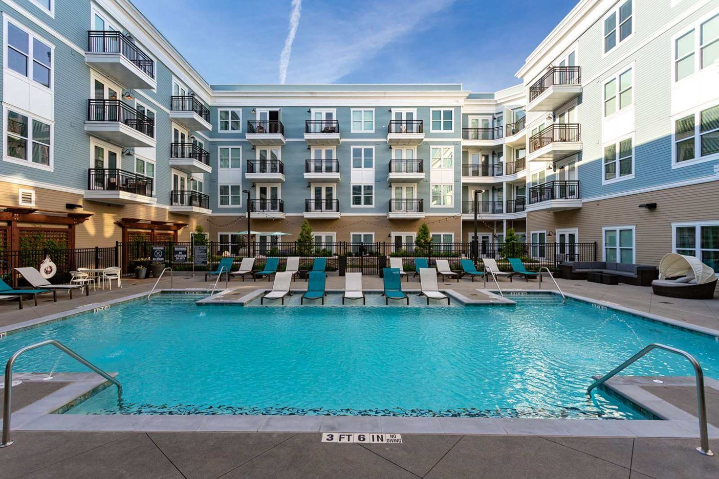 Photo of Amorance pool