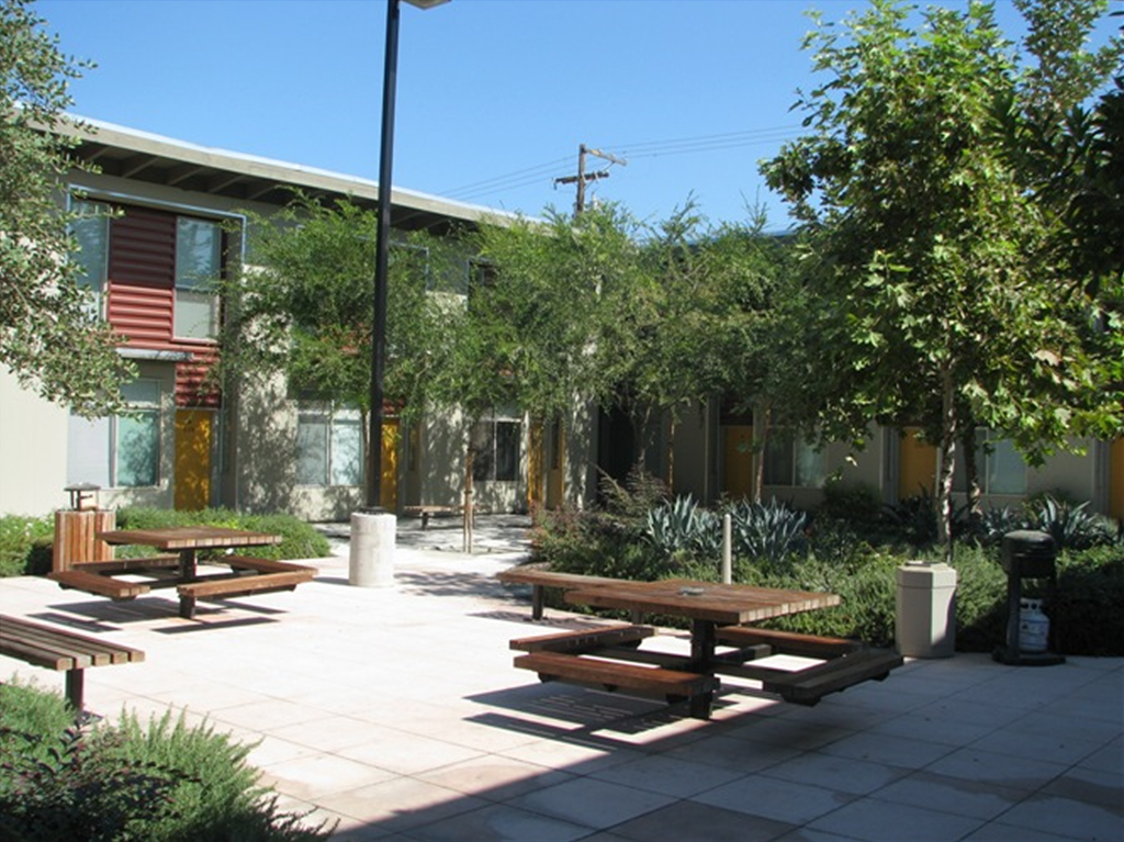 Courtyard with Picnic Tables