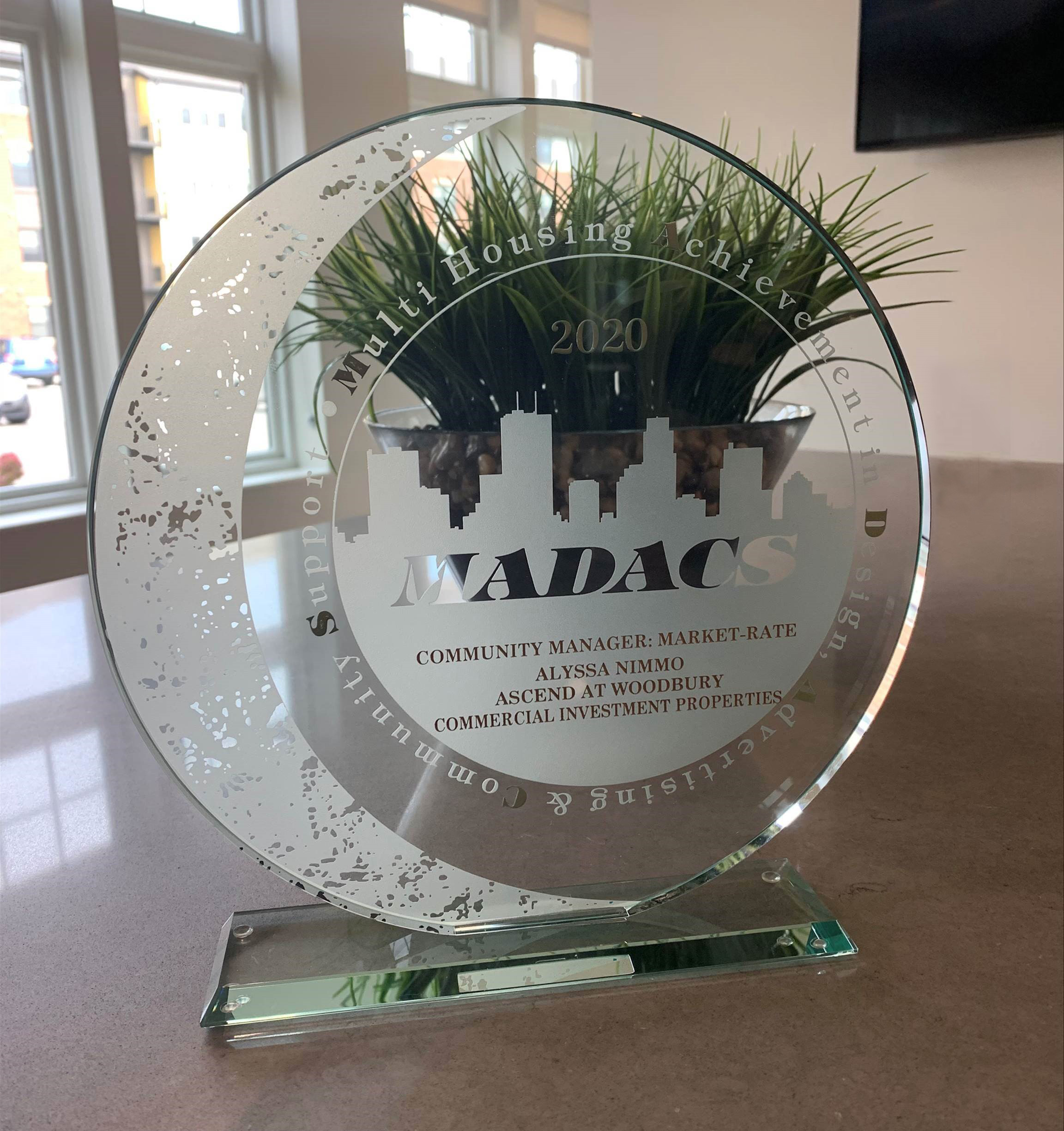 2020 MADACS award for Community Manager of the Year recipient Alyssa Nimmo at CIP community Ascend at Woodbury in Woodbury MN 55129
