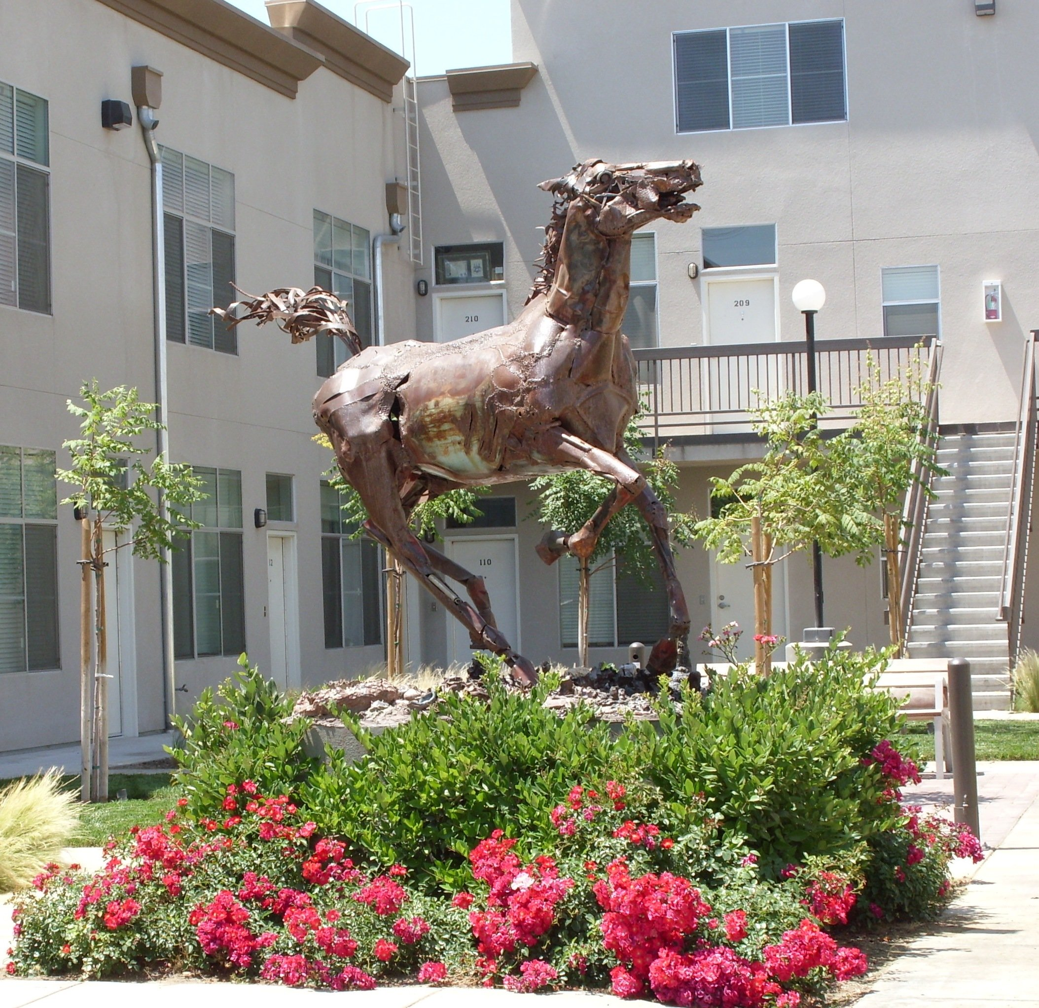 Vagabond Lofts Courtyard and Horse Statue