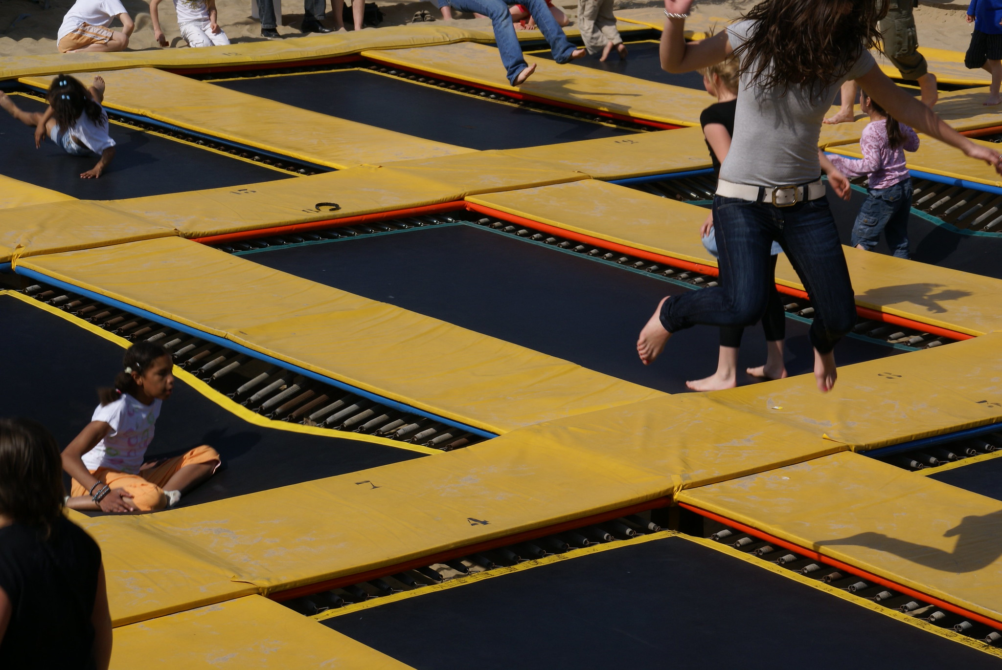 children at Sky Zone Trampoline Park