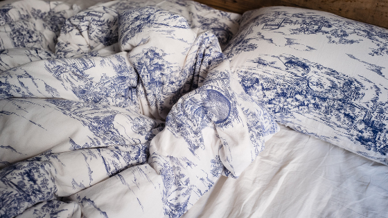 blue and white comforter pattern