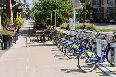 Midtown-Crossing-Apartments-OmahaNE-68131-attractions-bicycle