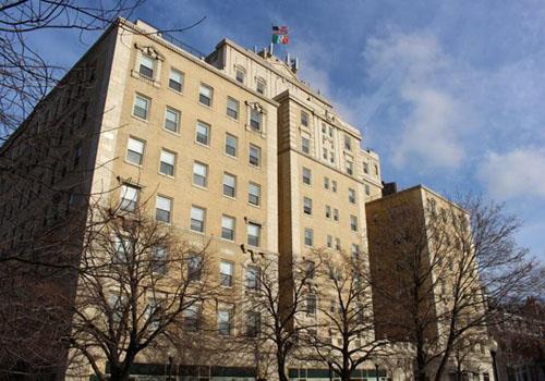 Apartments Near Lincoln Park | Park View Apartments