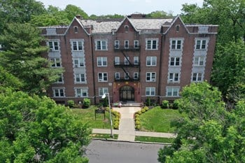 112 Lincoln Street 1 Bed Apartment for Rent Photo Gallery 1