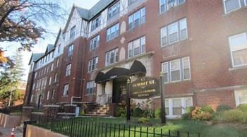 17 Summit Street 1-2 Beds Apartment for Rent Photo Gallery 1
