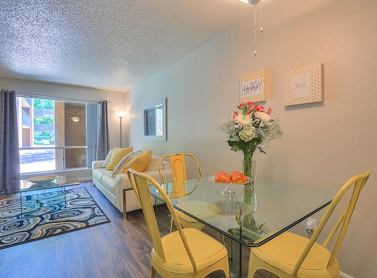 Separate Dining Area at Eagle Point Apartments, Albuquerque, New Mexico