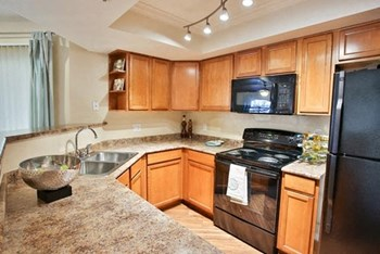 3939 W. Windmills Blvd. 1-3 Beds Apartment for Rent Photo Gallery 1