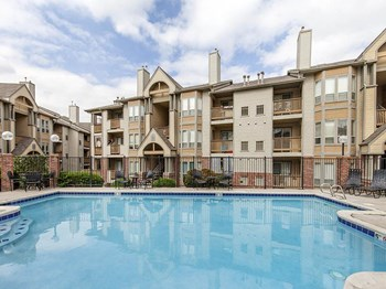 10025 W. Dartmouth Avenue 1-2 Beds Apartment for Rent Photo Gallery 1