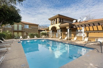 6405 W Mcdowell Rd 1-2 Beds Apartment for Rent Photo Gallery 1