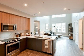150 Fourth Street 3 Beds Apartment for Rent Photo Gallery 1