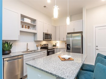 305 Oberlin Court 3 Beds Apartment for Rent Photo Gallery 1