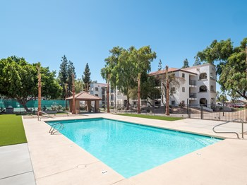 8150 N 61St Ave. 1-2 Beds Apartment for Rent Photo Gallery 1