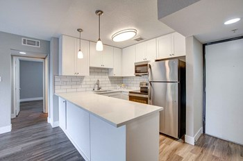 1826 Poggi Street 2 Beds Apartment for Rent Photo Gallery 1