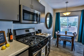 9353 West Twain Avenue 1-3 Beds Apartment for Rent Photo Gallery 1