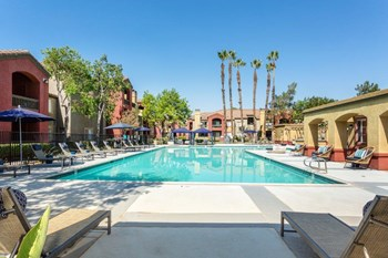 2215 Lakeside Place 2-3 Beds Apartment for Rent Photo Gallery 1