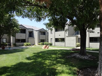 2096 Ramrod Ave 1-2 Beds Apartment for Rent Photo Gallery 1