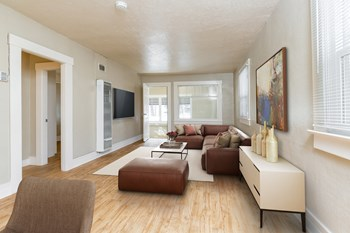 304 Cliff Street 2 Beds Apartment for Rent Photo Gallery 1
