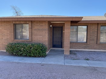 5825 E. University Dr 1 Bed Apartment for Rent Photo Gallery 1