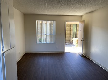12440 N. 113Th Ave 1-3 Beds Apartment for Rent Photo Gallery 1