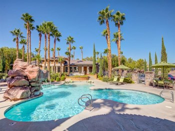 4370 S Grand Canyon Dr. 3 Beds Apartment for Rent Photo Gallery 1