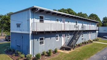 1531 Crest Rd, #28 Studio-1 Bed Apartment for Rent Photo Gallery 1