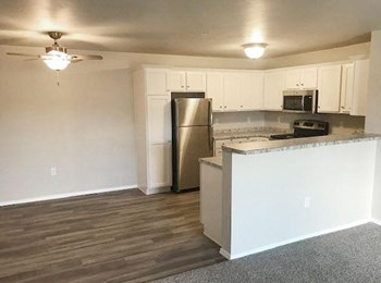 1007 HUME AVENUE 2 Beds Apartment for Rent Photo Gallery 1