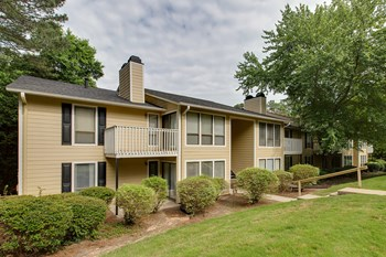 500 Bridle Ridge Ln. 1-2 Beds Apartment for Rent Photo Gallery 1