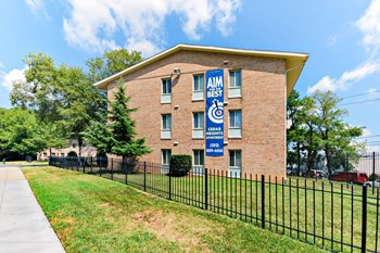 1510 Butler Street SE 1-3 Beds Apartment for Rent Photo Gallery 1