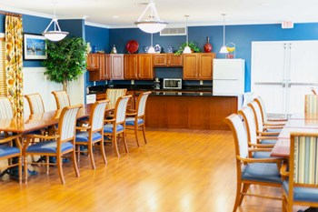 180 Ritchie Highway 1-2 Beds Apartment for Rent Photo Gallery 1