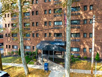 30 Locust Street 1 Bed Apartment for Rent Photo Gallery 1