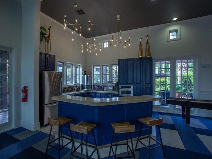 Fully Equipped Eat-In Kitchen at Teravista, Round Rock, TX, 78665