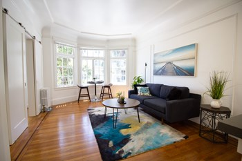 940 Hayes Street Studio-3 Beds Apartment for Rent Photo Gallery 1
