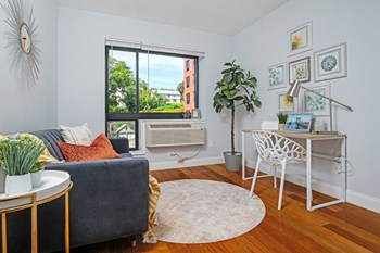 697 Bronx River Road Studio-3 Beds Apartment for Rent Photo Gallery 1