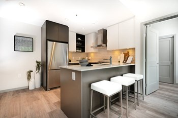 154 18Th Street East 1 Bed Apartment for Rent Photo Gallery 1