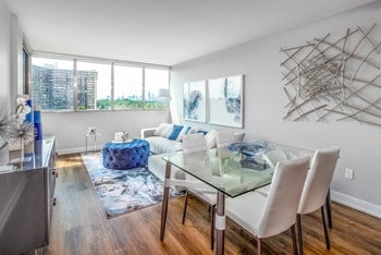 1177 Bloor Street East 1-3 Beds Apartment for Rent Photo Gallery 1