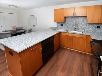 1124 Clinton Ave 2 Beds Apartment for Rent Photo Gallery 1