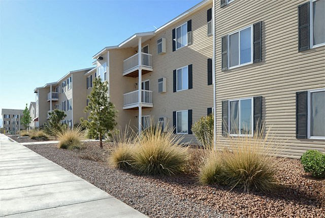 Exterior View with Drought Tolerant Landscaping at Van Horne Estates Apartments, El Paso, 79934
