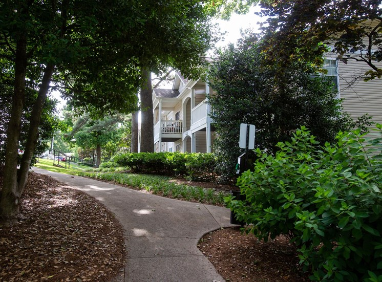 Walton Grove Apartment Homes, Smyrna GA Walking Path